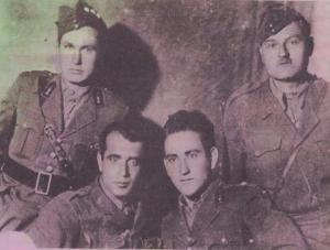 Καπετάνιοι του ΕΛΑΣ και μετέπειτα του ΔΣΕ. Από αριστερά: Αργυράκος Γιώργος, Βλάστη-Ζυγούρας Μήτσιος (Παλαιολόγος), Βουχωρίνα Βοϊου-Ρόσιος Αλέκος(Υψηλάντης), Σιάτιστα-Ρούνης Ηλίας(Μπαρμπαλιάς) Βλαχερνά Αρκαδίας